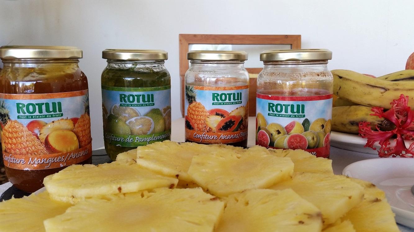 https://tahititourisme.ch/wp-content/uploads/2017/07/buffet-petit-déjeuner-bis.jpg