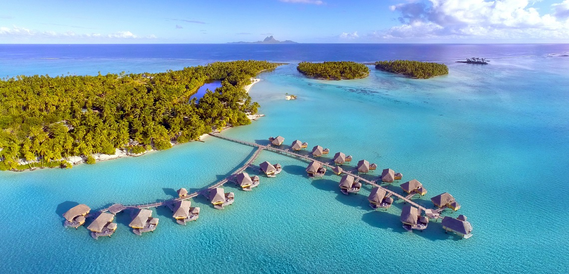 https://tahititourisme.ch/wp-content/uploads/2017/08/HEBERGEMENT-Le-Tahaa-Island-Resort-Spa-2.jpg