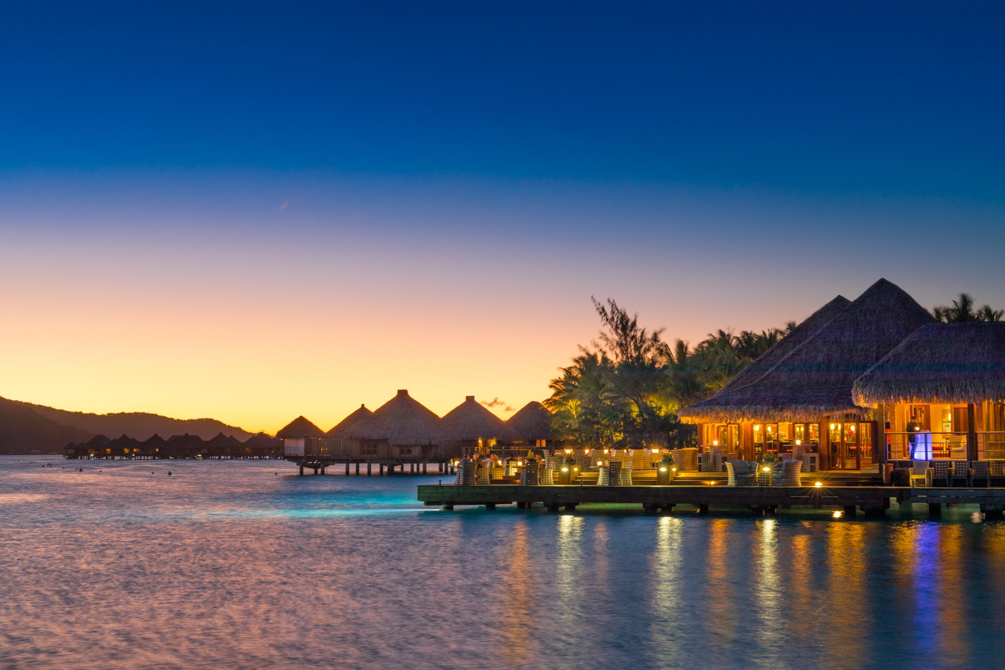 https://tahititourisme.ch/wp-content/uploads/2017/08/Lagoon-Restaurant.jpg