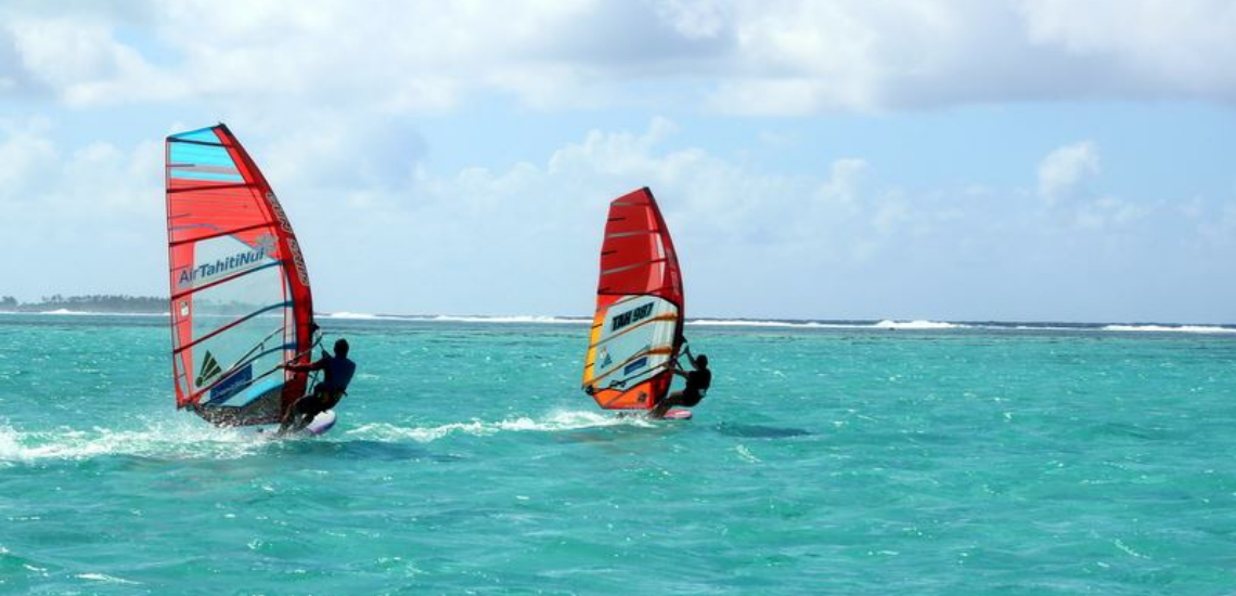 https://tahititourisme.ch/wp-content/uploads/2017/08/Raiatea-Windsurfing.png