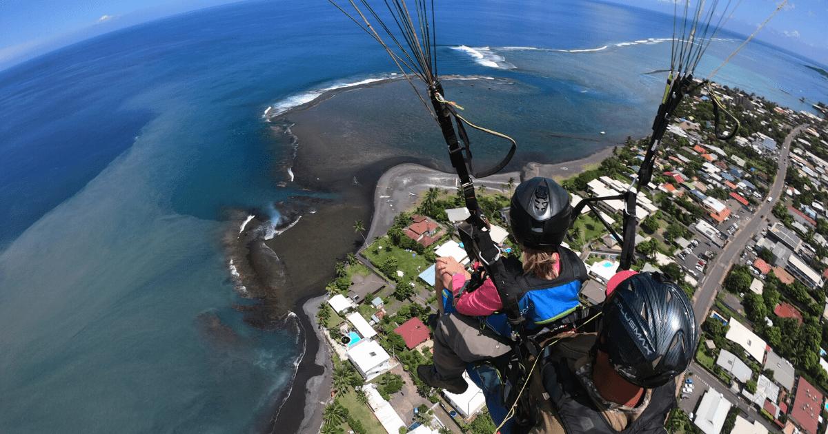 https://tahititourisme.ch/wp-content/uploads/2017/08/TahitiParapenteSafari_1140x550-min.png