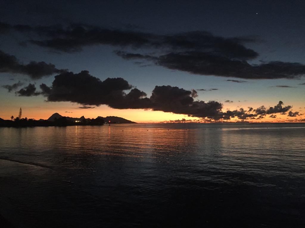 https://tahititourisme.ch/wp-content/uploads/2017/09/Mer-coucher-de-soleil.jpg