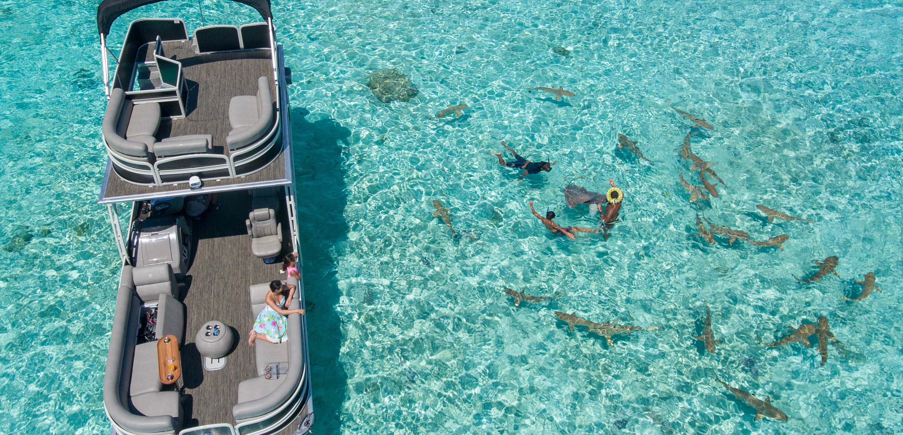 https://tahititourisme.ch/wp-content/uploads/2017/10/ToaBoat_couv.jpg