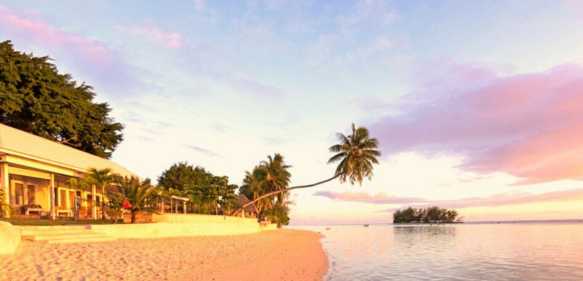 https://tahititourisme.ch/wp-content/uploads/2017/11/mooreabeachlodge_1140x5502.png