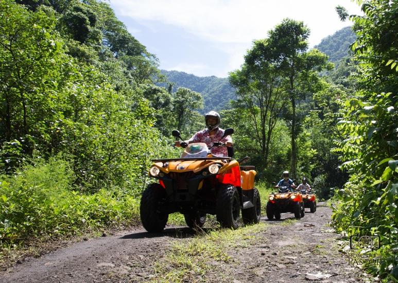 https://tahititourisme.ch/wp-content/uploads/2018/05/ACTIVITES-TERRESTRE-Vaihiria-Quad-Tahiti-2.jpg