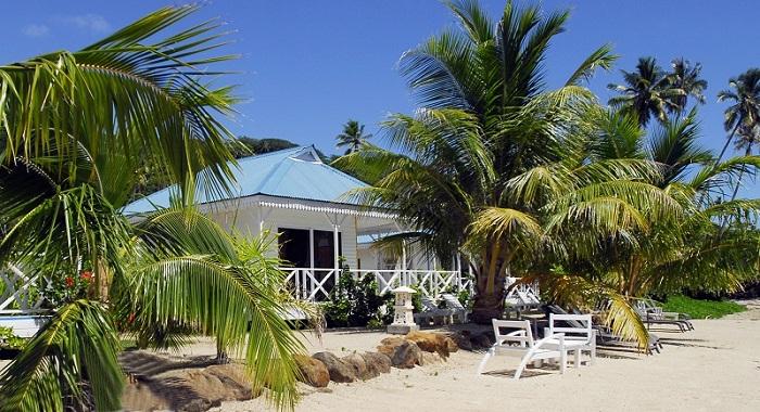 https://tahititourisme.ch/wp-content/uploads/2019/05/2015_RFP_H_Opoa-Beach-vue-plage-et-bungalow-small.jpg