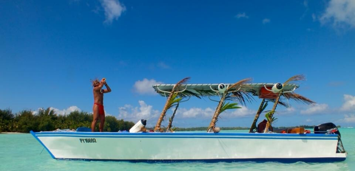 https://tahititourisme.ch/wp-content/uploads/2019/05/RostoService_1140x550-1.png
