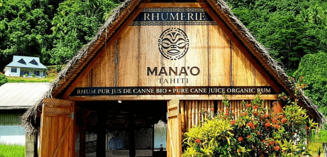 https://tahititourisme.ch/wp-content/uploads/2019/11/RhumerieManao2_1140x550-min.png