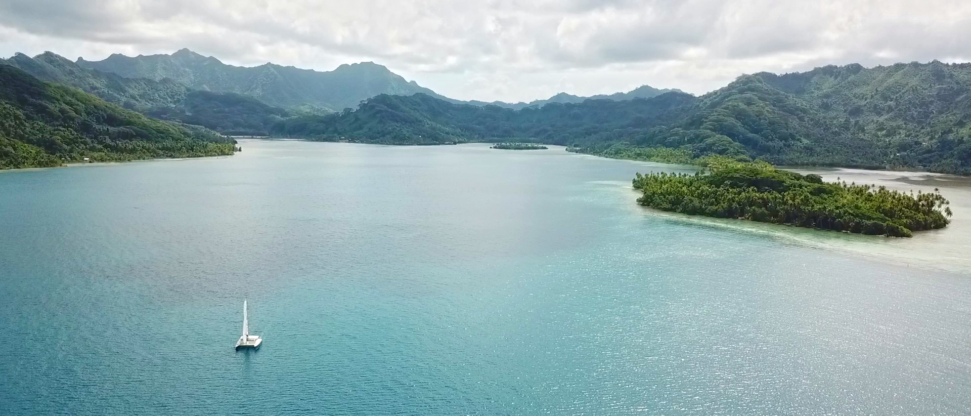 https://tahititourisme.ch/wp-content/uploads/2020/02/panorama-apu.jpg