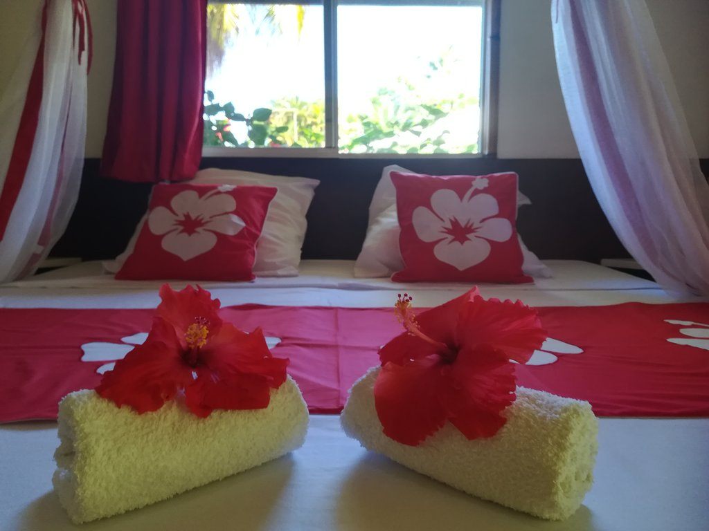 https://tahititourisme.ch/wp-content/uploads/2020/06/chambre-hibiscus-1.jpg