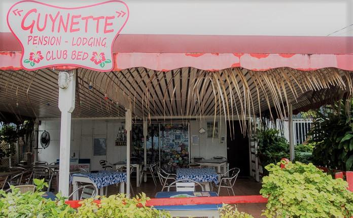 https://tahititourisme.ch/wp-content/uploads/2020/09/Chez-Guynette-Huahine-French-Polynesia1.jpg
